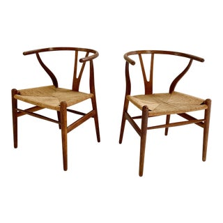 1950s Vintage Hans Wegner Model Ch24 Wishbone Chairs- A Pair For Sale