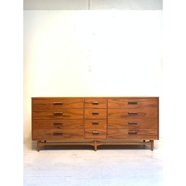 Brown Lane Furniture Mid Century Modern 12-Drawer Dresser For Sale - Image 8 of 8