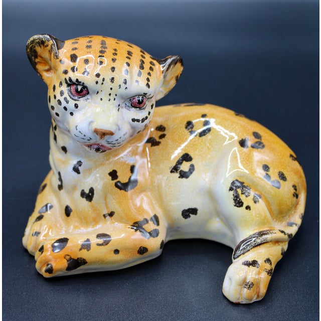 Italian Mid-20th Century Italian Mottahedeh Terra Cotta Leopards - a Pair For Sale - Image 3 of 13
