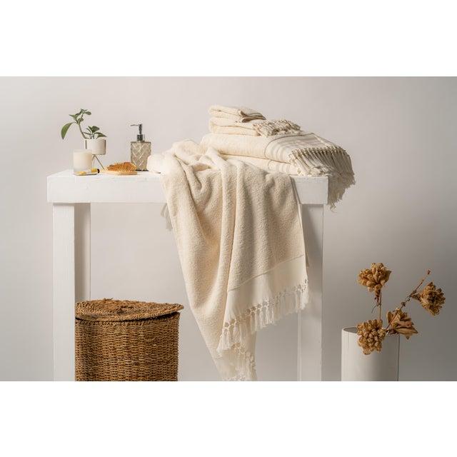 Plush & Bare Handmade Organic Cotton Bath Towel in White For Sale - Image 4 of 9