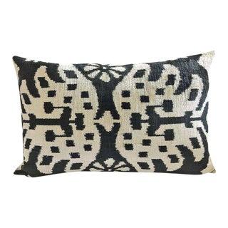 Black and Beige Silk Velvet Ikat Pillow Cover For Sale