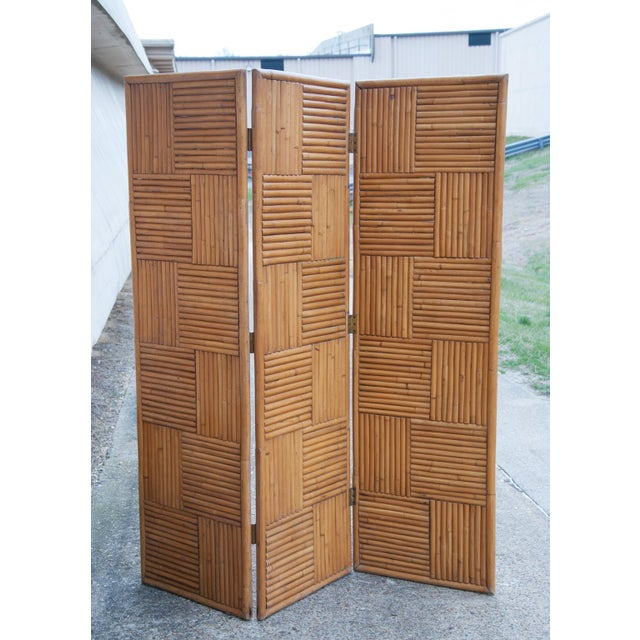 Circa 1950 Vintage Japanese Rattan 3 Panel Folding Screen For Sale - Image 4 of 8
