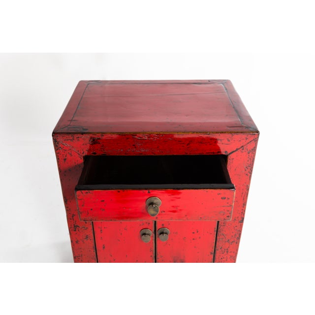 Asian Chinese Red Lacquer Cabinet With a Drawer and Pair of Doors For Sale - Image 3 of 11