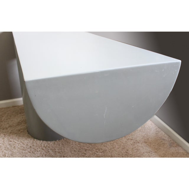 """Space Age Gray Lacquered J. Wade Beam """"Tee"""" Console Table for Brueton For Sale - Image 6 of 13"""