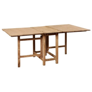 Early 19th Century Swedish Gate-Leg Wood Dining Table For Sale