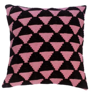 """Denese Black/Pink Hand-Woven Kilim Throw Pillow(18""""x18"""") For Sale"""