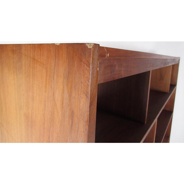 Walnut Mid-Century Walnut Bookcase or Wall Unit For Sale - Image 7 of 13