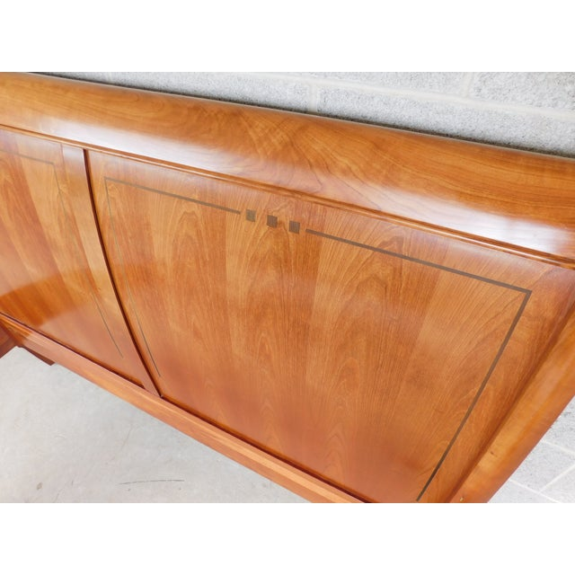 Stickley Cherry Queen Size Sleigh Bed For Sale - Image 11 of 12