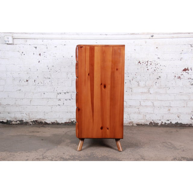 Brown Franklin Shockey Rustic Modern Sculptured Pine Highboy Dresser C. 1950s For Sale - Image 8 of 10