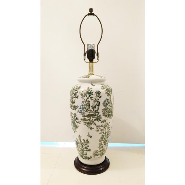 Vintage Green & White Toile Ceramic Table Lamp - Image 2 of 4