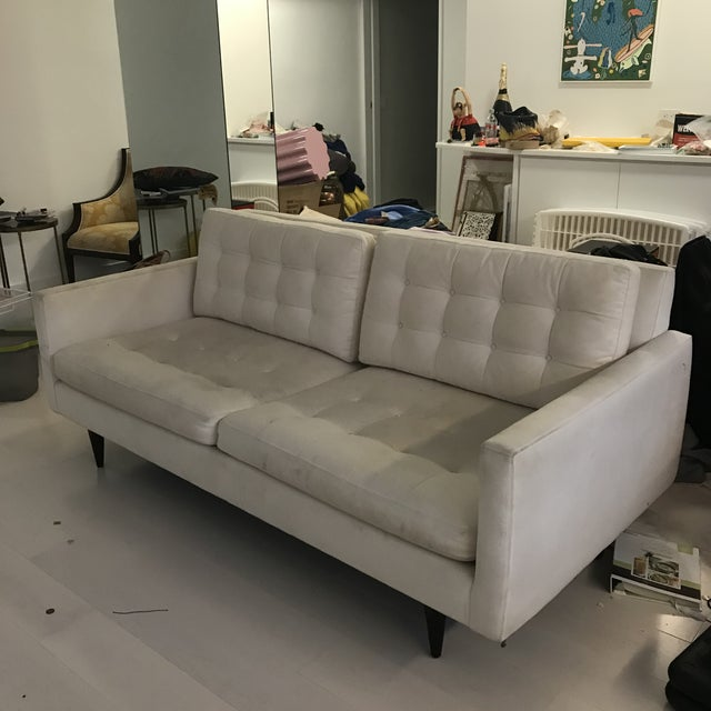 Modern Crate & Barrel Petrie Apartment Sofa For Sale In New York - Image 6 of 6