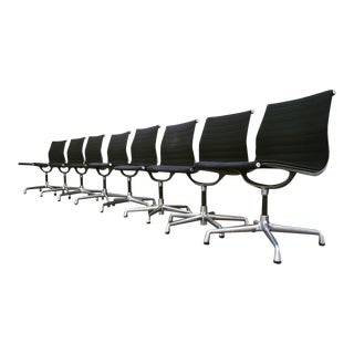1980s Vintage Eames Aluminum Group Office Chairs - Set of 8 For Sale