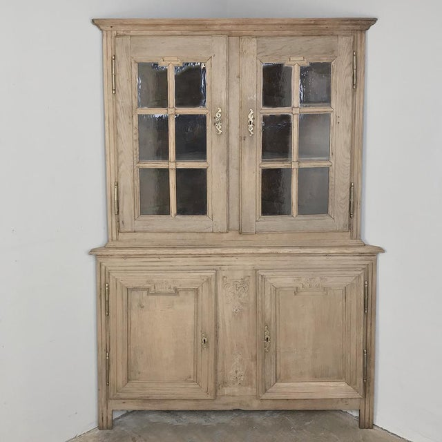 Grand 19th Century Country French Louis XVI Corner Cabinet For Sale - Image 13 of 13