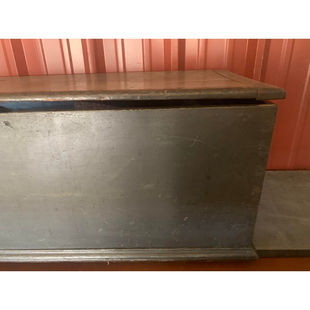 19th Century American Dark Blue Painted Trunk For Sale In Denver - Image 6 of 9