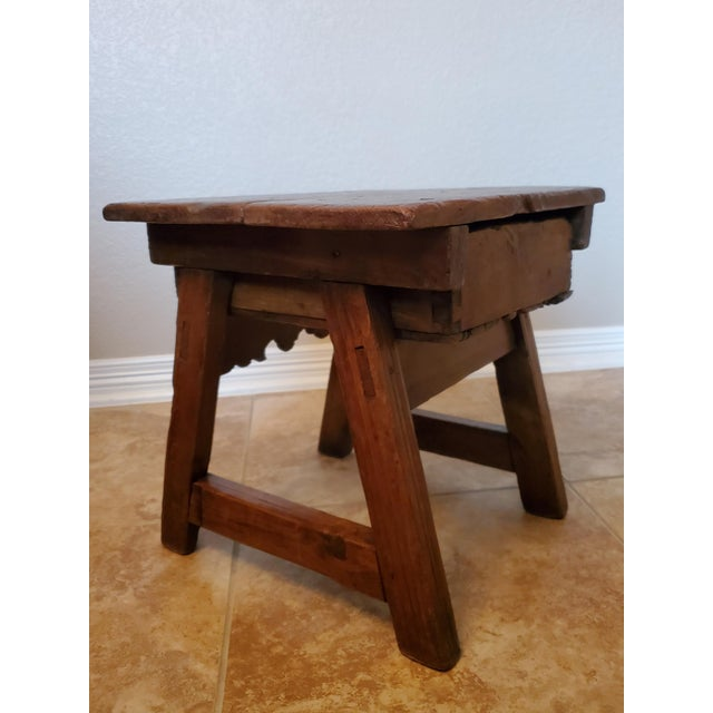 Early 18th Century Spanish Colonial Rustic Small Table For Sale In Austin - Image 6 of 12