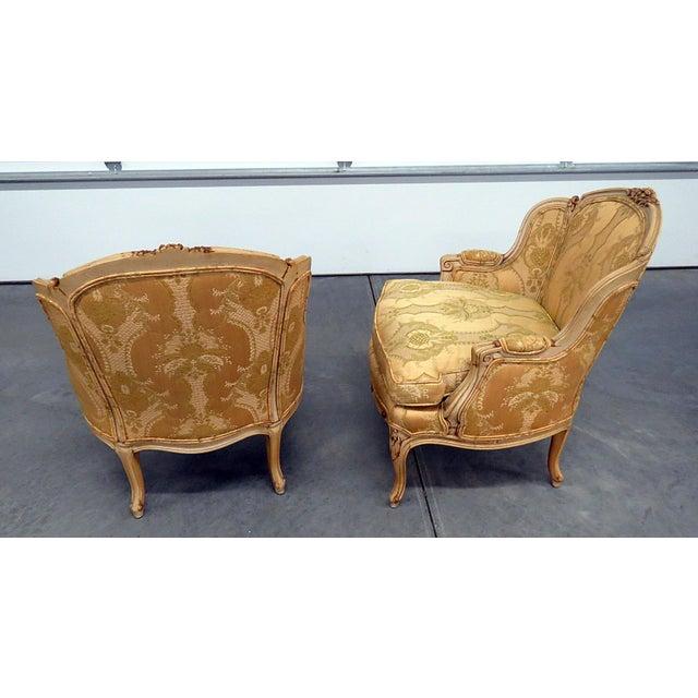 Louis XVI Pair of Drexel Heritage Louis XVI Style Bergeres For Sale - Image 3 of 10