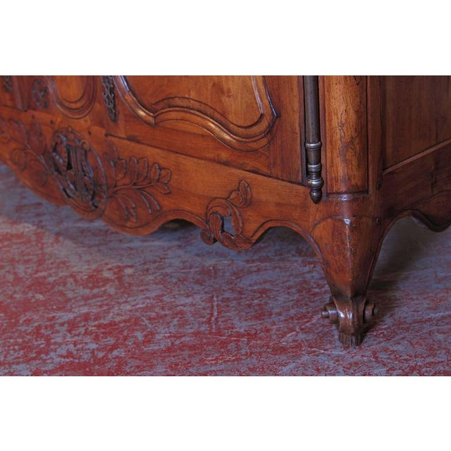 18th Century French Louis XV Carved Walnut Two-Door Buffet from Provence For Sale - Image 10 of 10