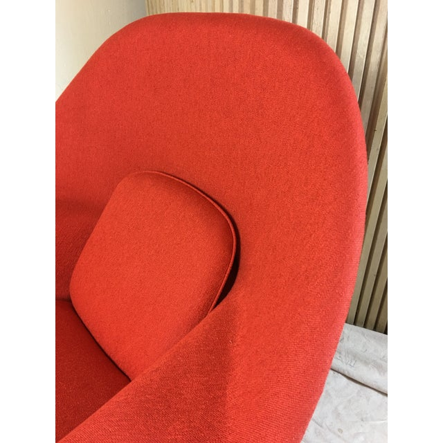 Metal Eero Saarinen for Knoll 1950s Womb Chair and Ottoman - a Pair For Sale - Image 7 of 13