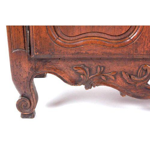 Late 18th Century French Provençal Fruitwood Buffet With Carved and Pierced Skirt For Sale - Image 5 of 10