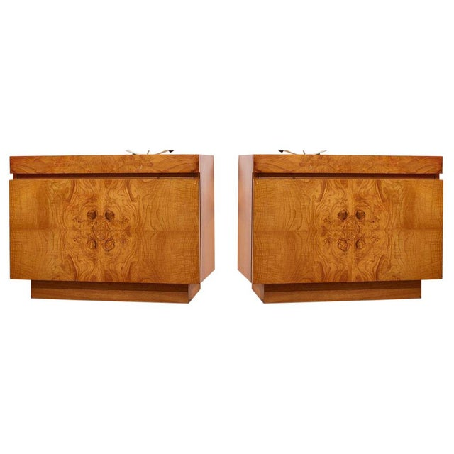 1970s Burlwood Nightstands by Milo Baughman for Lane - a Pair For Sale - Image 5 of 5