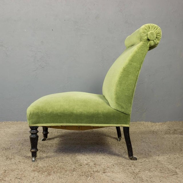 Mid 19th Century Napoleon III Slipper Chair in Green Velvet For Sale - Image 5 of 10