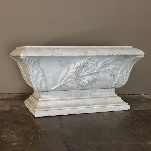 19th Century Louis XVI Carved Carrara Marble Neoclassical Planter For Sale - Image 11 of 11