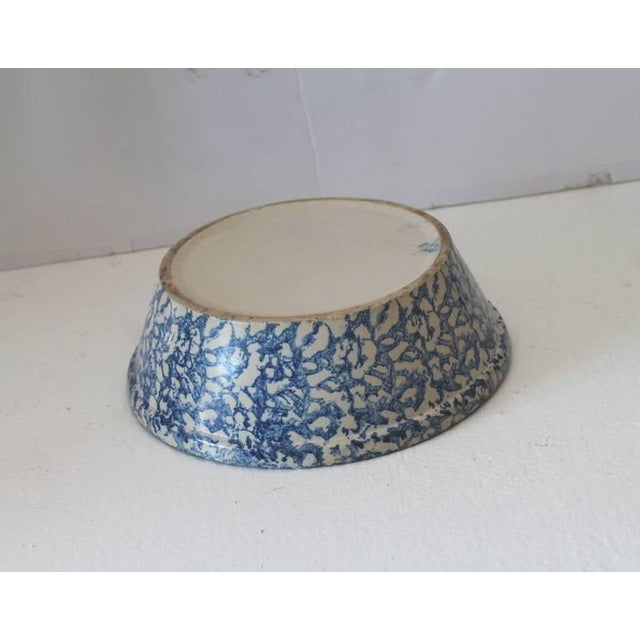 Mid 19th Century 19th Century Spongeware Serving Bowl For Sale - Image 5 of 6