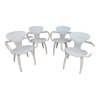 Vintage White Pretzel Chairs by Norman Cherner for Plycraft - Set of 4 For Sale