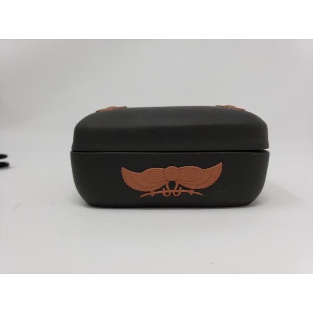 Wedgwood Vintage Wedgewood Black Basalt Egyptian Motif Trinket Box For Sale - Image 4 of 7