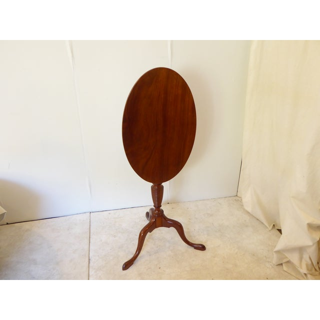 18th Century American Mahogany Candlestand Side Table For Sale - Image 4 of 5