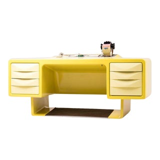 Ernest Igl Design Fiberglass Directors Desk by Wilhelm Werndl For Sale