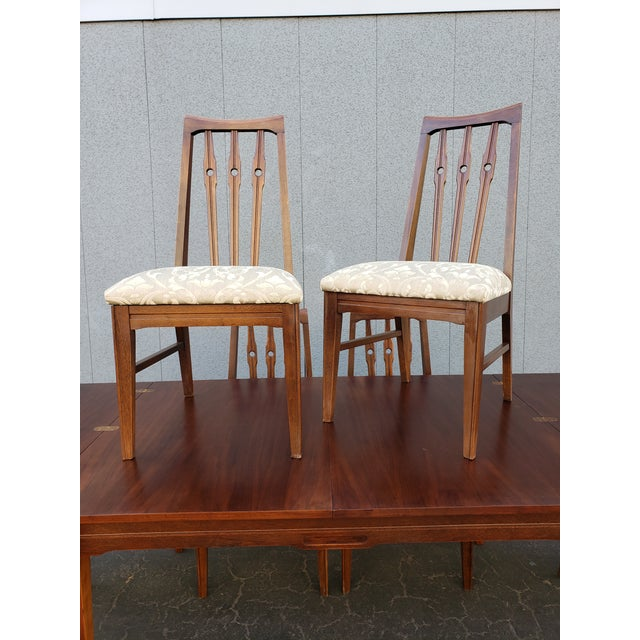 Excellent 1950s Mid Century Dining Set by Morris of California. Set includes table with folding extension it is so cool...
