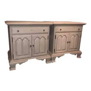 1940s Vintage Heirloom Finish Nightstands - a Pair For Sale