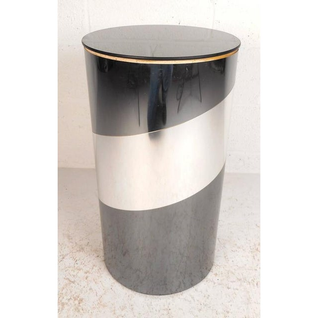 Mid-Century Modern Chrome and Mirror Pedestal For Sale - Image 4 of 5