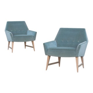 Mid-Century Club Chairs in Sea Velvet, Pair For Sale
