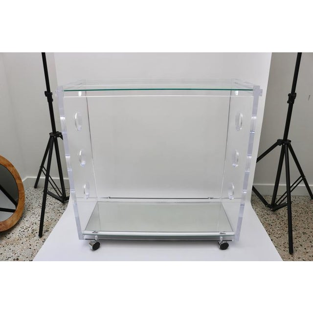 Customizable Rectangular Shaped Bespoke Bar Cart in Lucite and Mirror by Alexander Millen For Sale In West Palm - Image 6 of 10