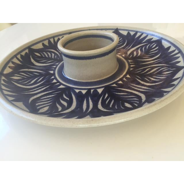 Blue Leaf Painted Stoneware Chip & Dip Serving Dish - Image 7 of 9