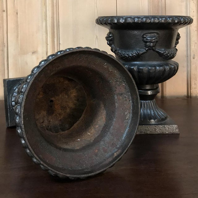 Garden Urns, 19th Century Neoclassical in Cast Iron - a Pair For Sale - Image 11 of 13