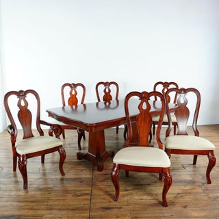 Queen Anne Legacy Evolution 7-Piece Dining Set Preview