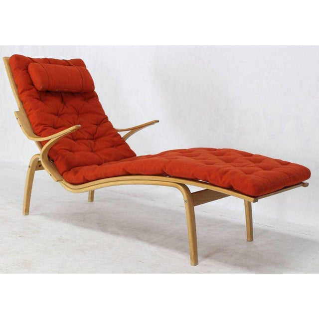 Alvar Aalto Bent Wood Wool Upholstery Chaise Lounge Chair For Sale