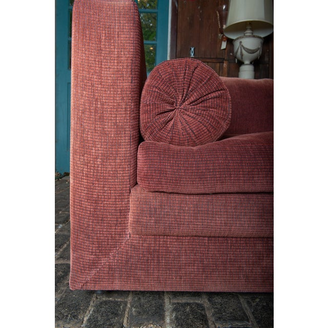 1990s Vintage Custom Made John Saladino Sofa For Sale - Image 17 of 34