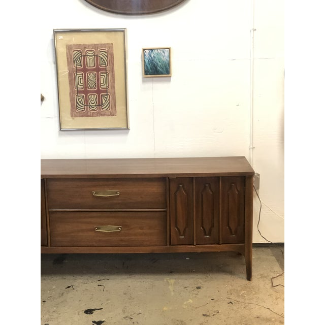 Wood 1960s Mid Century Modern Walnut Credenza For Sale - Image 7 of 13