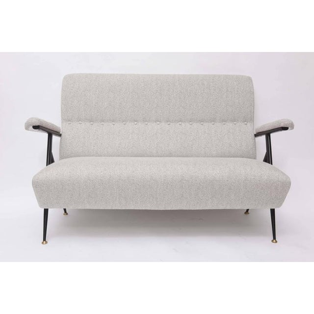 1950s Italian Mid-Century Modern Gray Upholstered Settee For Sale - Image 10 of 10