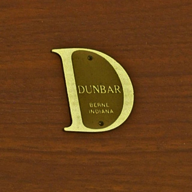 Mid-Century Modern Pair ofScale Edward Wormley for Dunbar Parsons Tables in Dark Mahogany For Sale - Image 3 of 5