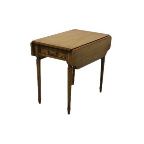 20th Century Traditional Columbia Manufacturing Mahogany Pembroke End Table For Sale