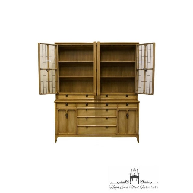 """White Furniture White of Mebane Contemporary French Style 67"""" China Cabinet For Sale - Image 4 of 13"""