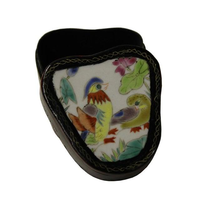 Chinese Porcelain & Wood Birds Jewelry Box - Image 4 of 5