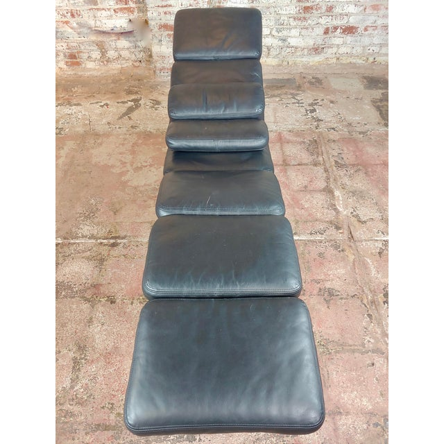 Ray & Charles Eames for Herman Miller Billy Wilder Chaise Longue For Sale In Los Angeles - Image 6 of 10