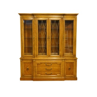 "1960s Italian Thomasville Furniture Milano Collection 70"" Illuminated Display China Cabinet For Sale"