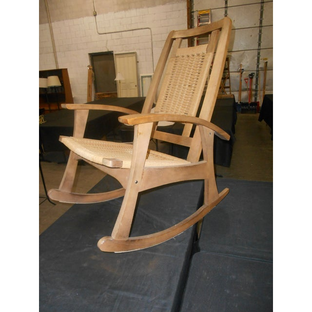 1960s Mid-Century Modern Hans Wegner Style Woven Rope Rocking Chair For Sale - Image 5 of 8